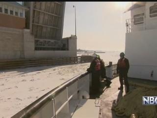 Coast Guard to break ice on Bay of Green Bay