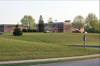 Manawa students suspended for threatening school