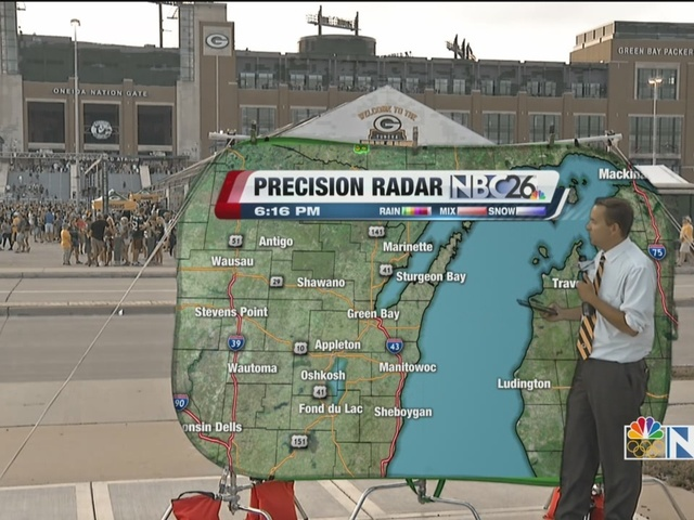Cameron's Weather Road Show takes on Lambeau Field