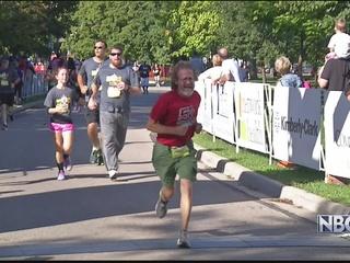 Fox Cities Marathon helps schools get equipment