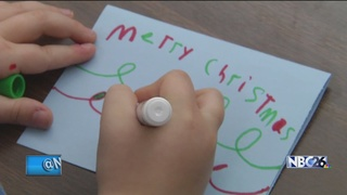 Oshkosh students deliver Holiday Mail for Heroes