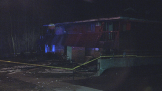 4 families displaced in Berlin apartment fire