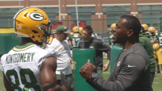 Former Packer brings knowledge to mini camp