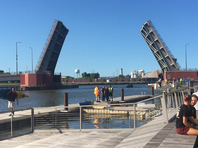 Ship hits docks and bridge near Green Bay's City Deck