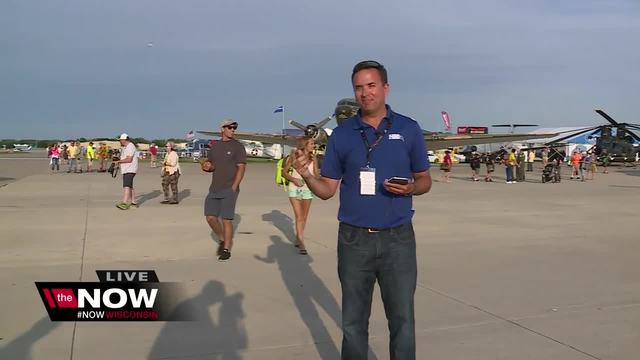 Cameron's Weather Roadshow at EAA AirVenture Day 2