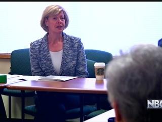 Baldwin giving Franken money to women veterans