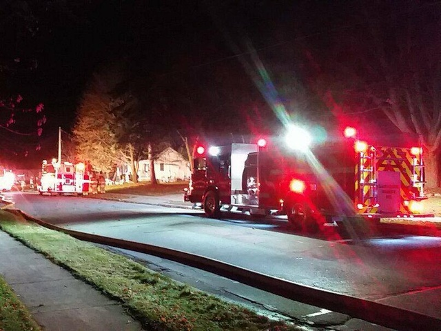 Fire in ceiling damages De Pere home