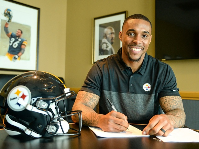 Steelers sign safety Morgan Burnett to three-year deal