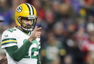 Packers' playoff hopes long, but still alive
